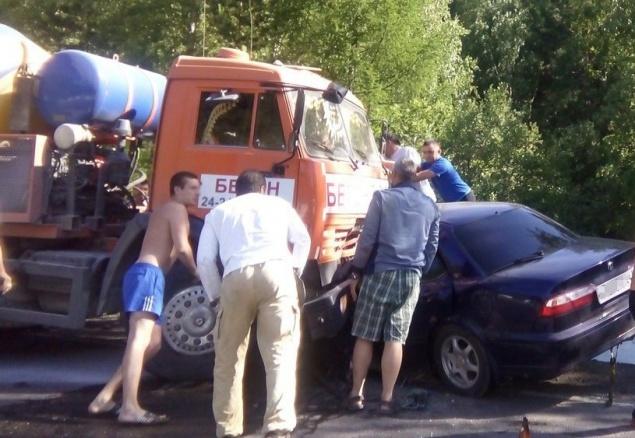 Аварии с проституткой где снять проститутку в Тюмени ул Полетаева