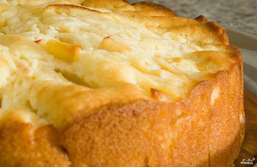 Рецепт пирога с яблоками и творогом в духовке с фото пошагово